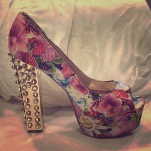 Peep toe multicolored High Heel w Spike Studded